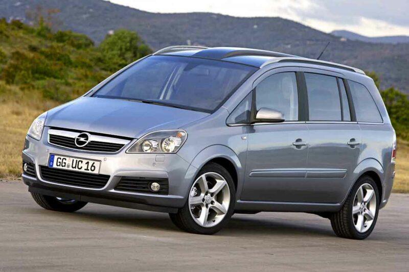 Opel-Zafira-2009-1